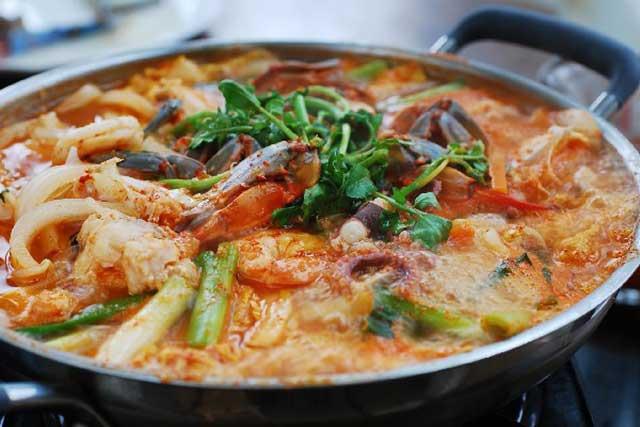 cách nấu lẩu thái hải sản ngon