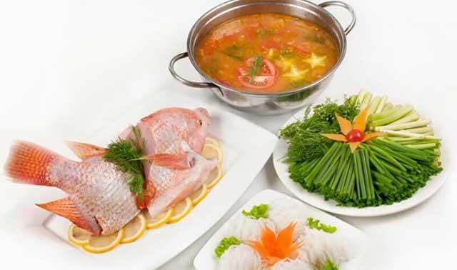 Trình bày nấu lẩu cá diêu hồng chua cay hấp dẫn