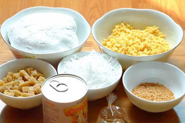 Chuẩn bị đầy đủ nguyên liệu trong cách làm bánh trôi nước