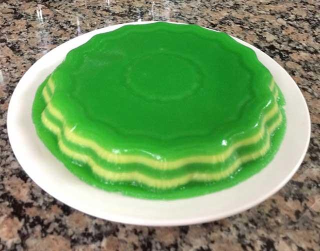 Cách làm bánh da lợn đậu xanh lá dứa đẹp