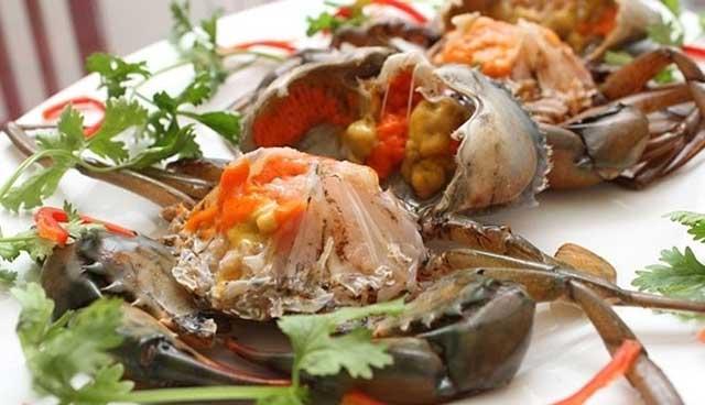 Sơ chế cua làm món lẩu cua biển