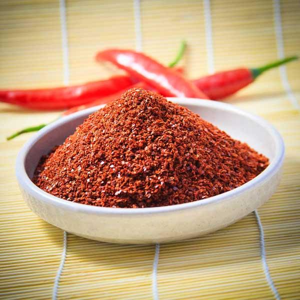Sử dụng ớt khô và ớt tươi - tom kho