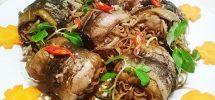 Cách nấu lươn om hoa chuối
