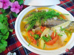 Riêu cá chép nấu mẻ
