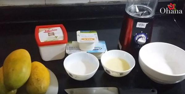 Chuẩn bị nguyên liệu làm kem xoài