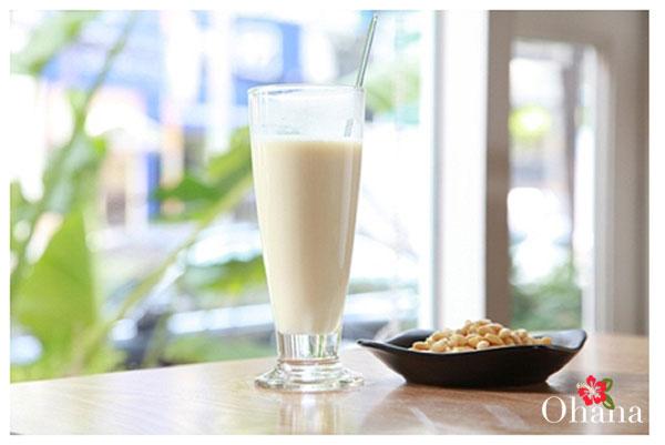 Hoàn thành món sữa đậu nành