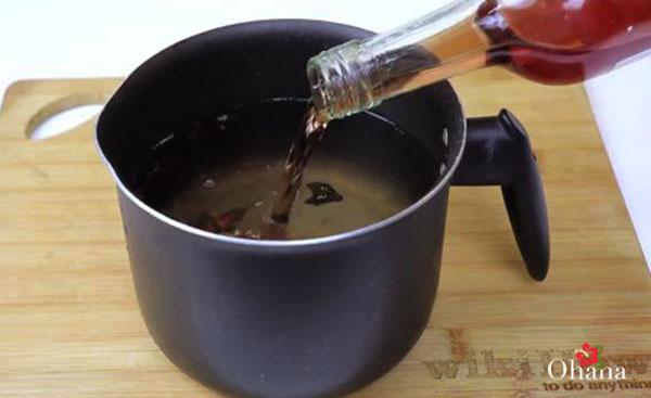 Thêm rượu vào muối