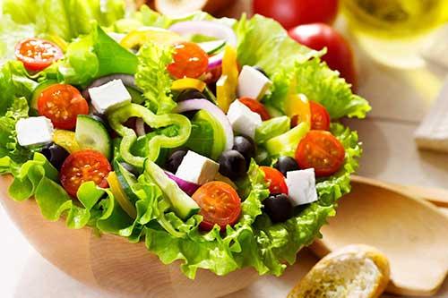 4 cách làm salad trộn cực đơn giản – ngon như ngoài hàng