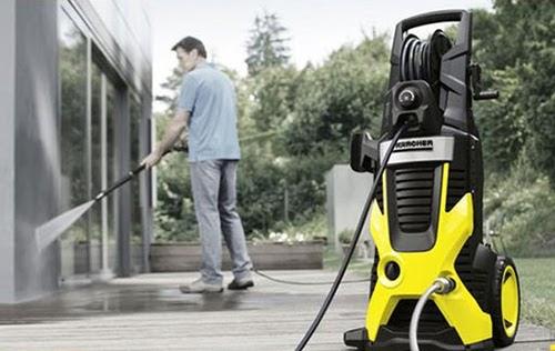 Máy rửa xe Karcher nội địa Nhật có giá rẻ nên nhiều người dùng yêu thích lựa chọn