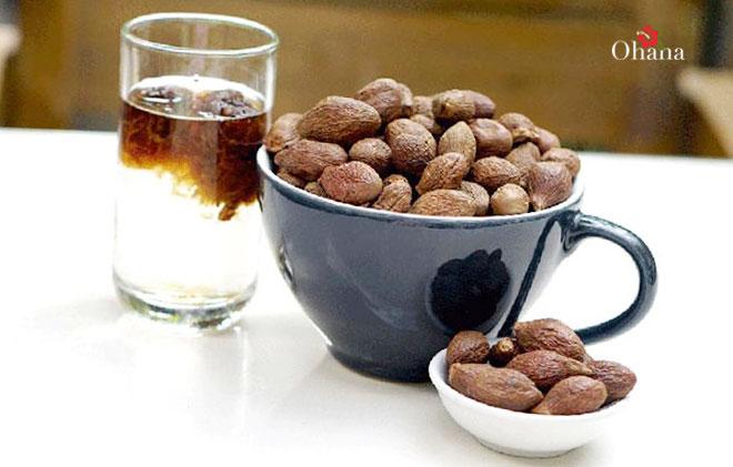 Sử dụng hạt đười ươi có tác dụng gì?