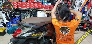Hoàng Trí Racing Shop dán keo xe máy